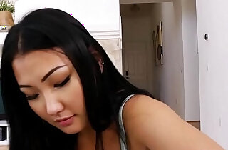 Asian stepdauhter Jade Luv likes sucking cock xxx tube video