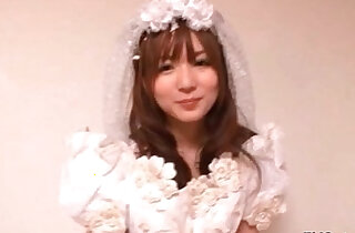 Sexy Japanese cosplay bride loves xxx tube video
