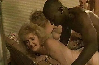 Old Mature Skeet Party xxx tube video