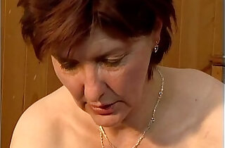 Dirty mature woman going crazy getting xxx tube video