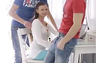 18 Virgin Sex 18 year old Nastya xxx tube video