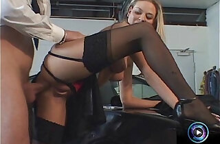 Great assfucking sessions from Victoria Swinger and Mike Foster xxx tube video