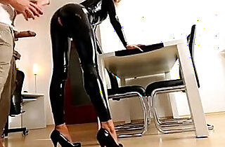 milf latex in and extreme schau mal auf die seite frauenmeister xxx tube video