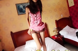 Picking up 18 yo pinay with perfectly slim body xxx tube video