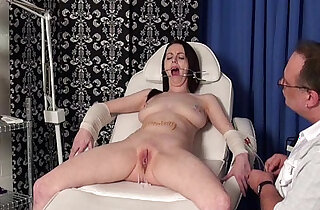 Emilys extreme needles and gagged medical piercing pussy pain xxx tube video