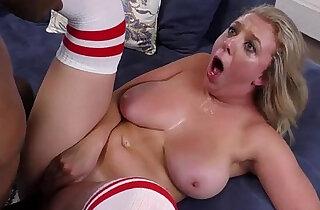 Brooke Wylde tries Mandingos BBC xxx tube video