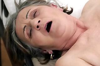 Hairy pussy fucked hard and deep xxx tube video