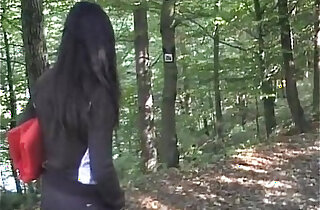 Video amateur sex with naughty black girl sucking and fucking outdoor xxx tube video