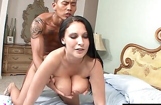 Natural big Tits Bouncing Up And Down As She Gets her pussy Plowed xxx tube video