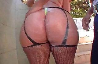 Huge brazilian ass Paula xxx tube video