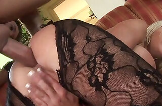 Blonde Savannah Gold Getting Anal xxx porn