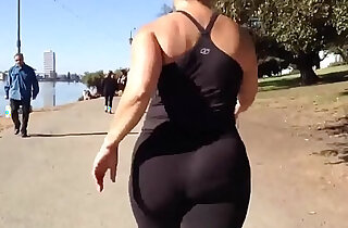 Candid Asian Nutbooty in Yogapants xxx tube video