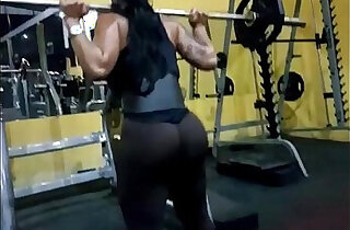 Nalgona en el Gym xxx tube video