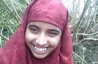 desi Bangla muslim Hijab beauty in forest xxx tube video