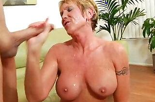 Older granny takes hard anal pounding xxx tube video