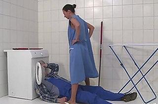 MMV FILMS German Mom draining the plumber xxx tube video