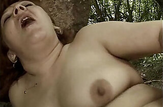 Nasty mature gets her cunt fucked xxx tube video