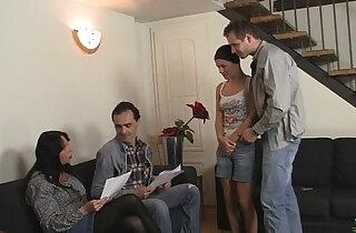 Girlfriend sucks and fucks his whole family xxx tube video