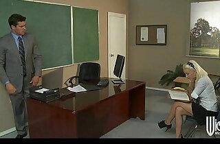 Slutty schoolgirl Stevie Shay fucks her Spanish teacher xxx tube video