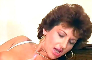 Nasty wild MILF sucks on her bosses xxx tube video