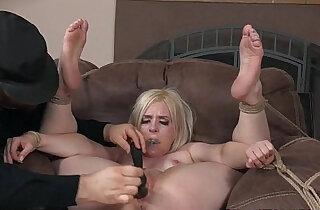 Tiedup Dresden dildo pleasured by maledom xxx tube video