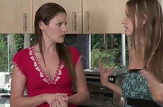 Samantha Ryan and Eufrat Mai Fingering Each Other xxx tube video